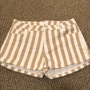 H&M stripped shorts
